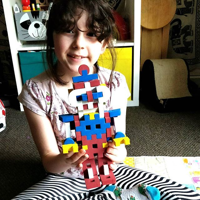 Awesome work Aisling! Thanks for sending us this great pic! ✋ @lozosaurus #foame #foameplay #robots #thero8otsarecoming #besttoy