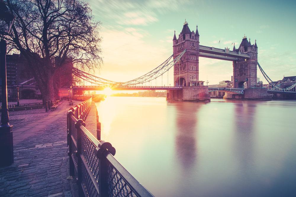 LONDON 3:5.jpg