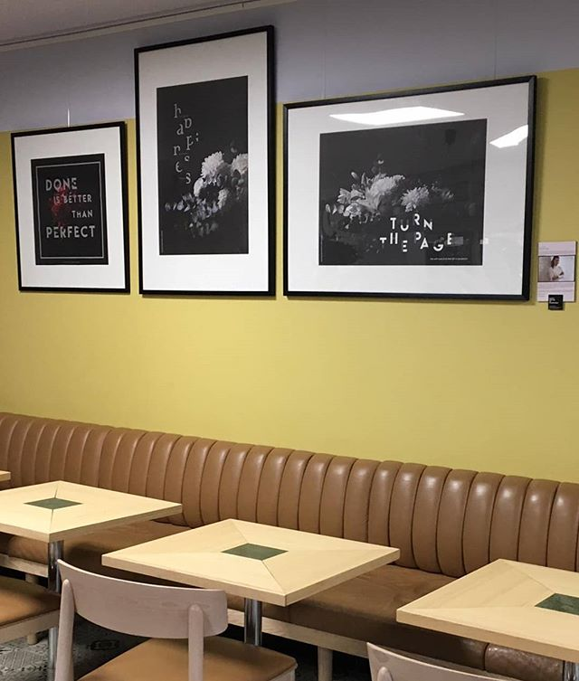 Looks great? 😍 Cafe Mokka got some art for the walls 🙌🏻 Mitäs tykkäätte? Remontoitu, upea Cafe Mokka sai taidetta seinille 🌸 Ota Mokka seurantaan myös Facebookissa ja löydät edun verkkokauppaan. 😊 #cafes #wallart #interior #cafeinterior #flowerstalking #typography #flowerartgraphy #photography #papermatters #luxurious #photoartprints #artprints #letsspeakinflowers #bloombyarmihelena