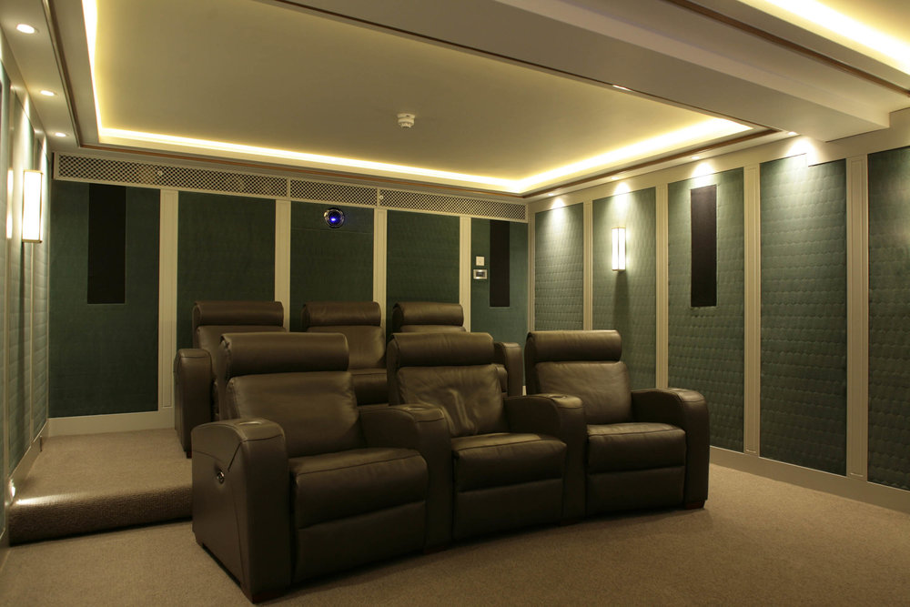 Star&Garter_Cinema.JPG