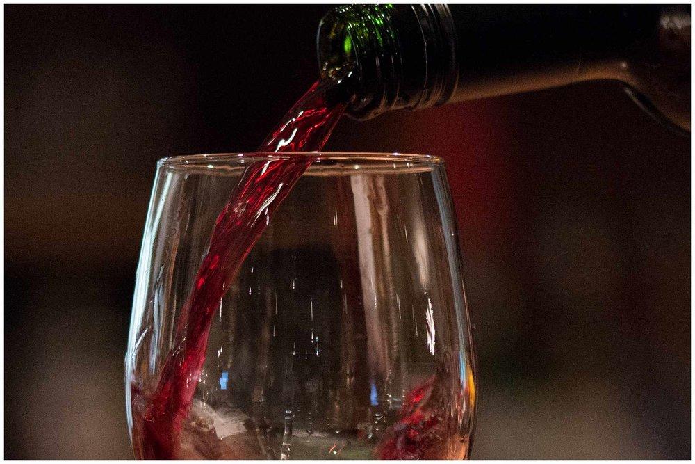 WINE & COCKTAILS -
