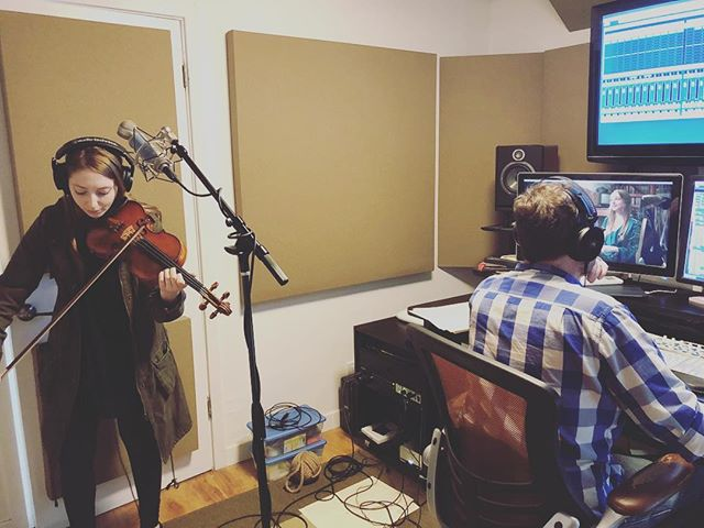 Shot from our final scoring session for Anna With The Violin!! We can't wait to share this with the world!! . . . #annawiththeviolin #ladieslunch #ladieslunchproductions #moviescore #shortfilms #femaleproducer #femaledirector #femalefilmmakers #girlpower #comingsoon #indiefilmmaking #indieshortfilm #violinist #postproduction #behindthescene #recordingsession #classicalmusic #composer #staytuned #editors