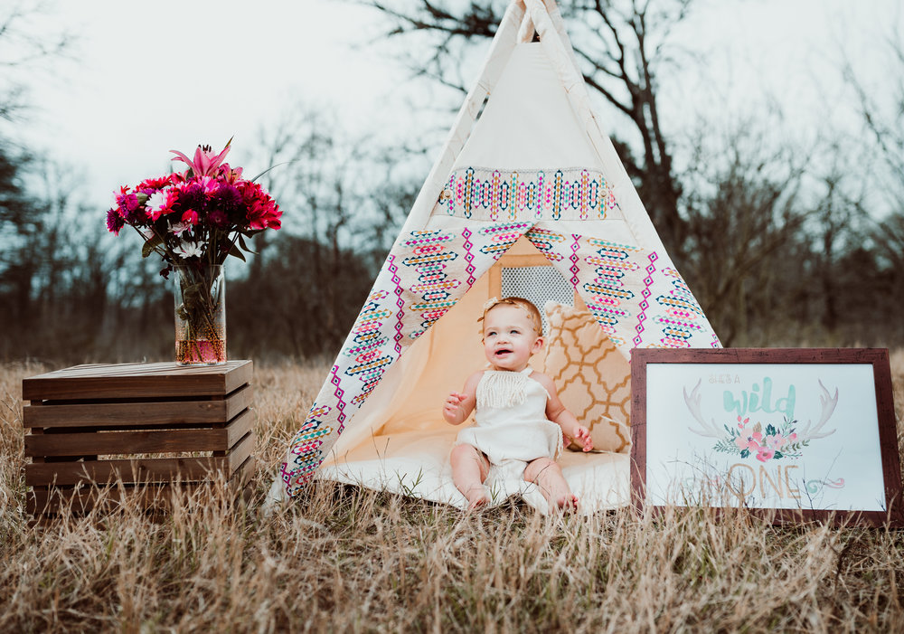 Austin Texas First Birthday Photoshoot Milestone Session Baby Photography Boho Bohemian Girl Wild One Tent Outdoor Natural Light Photographer