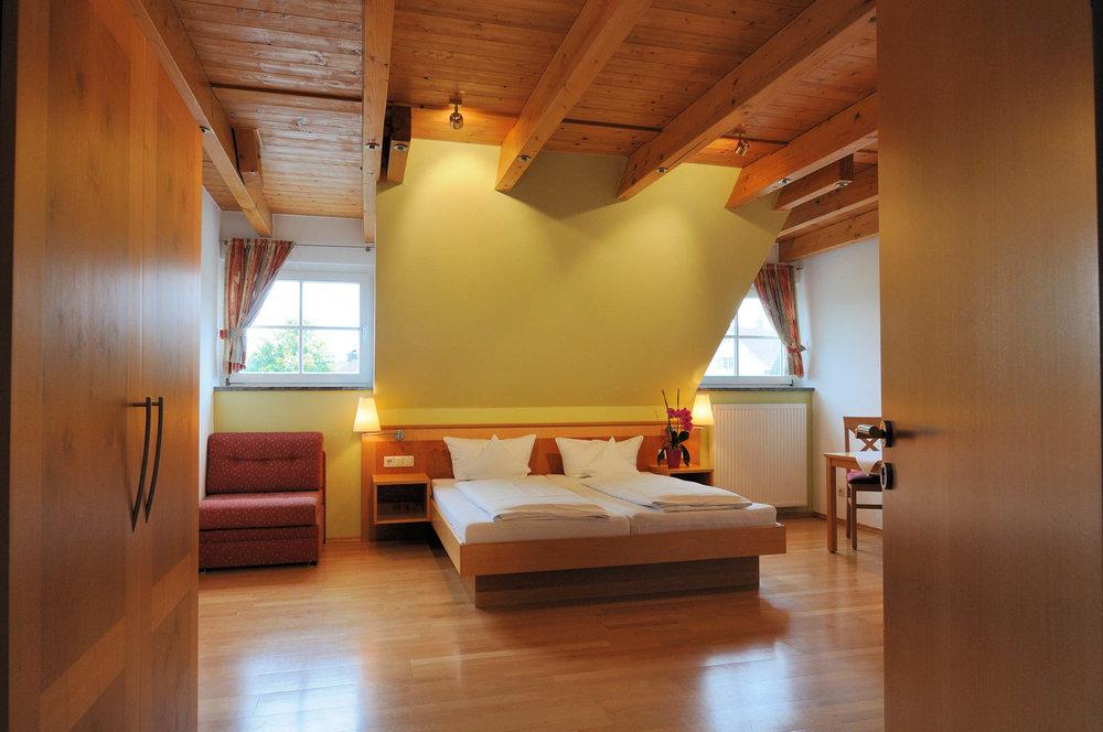 Schöne Zimmer zu fairen Preisen im Gasthaus Seerose in Nitzenweiler bei Kressbronn am Bodensee