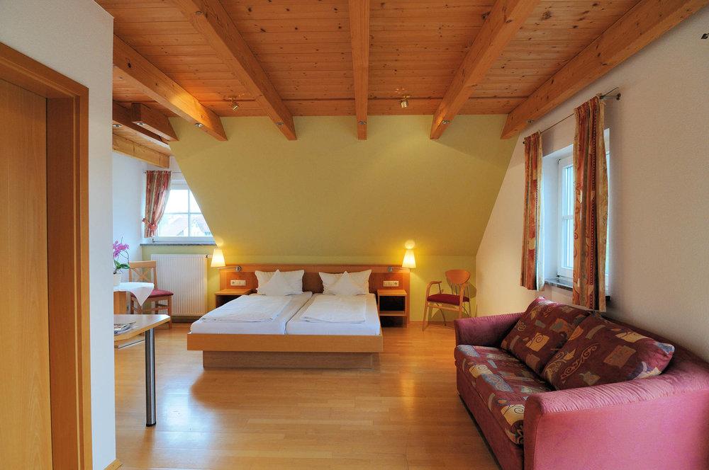 Hochwertig ausgestattete Zimmer im Gasthaus Seerose in Nitzenweiler bei Kressbronn am Bodensee