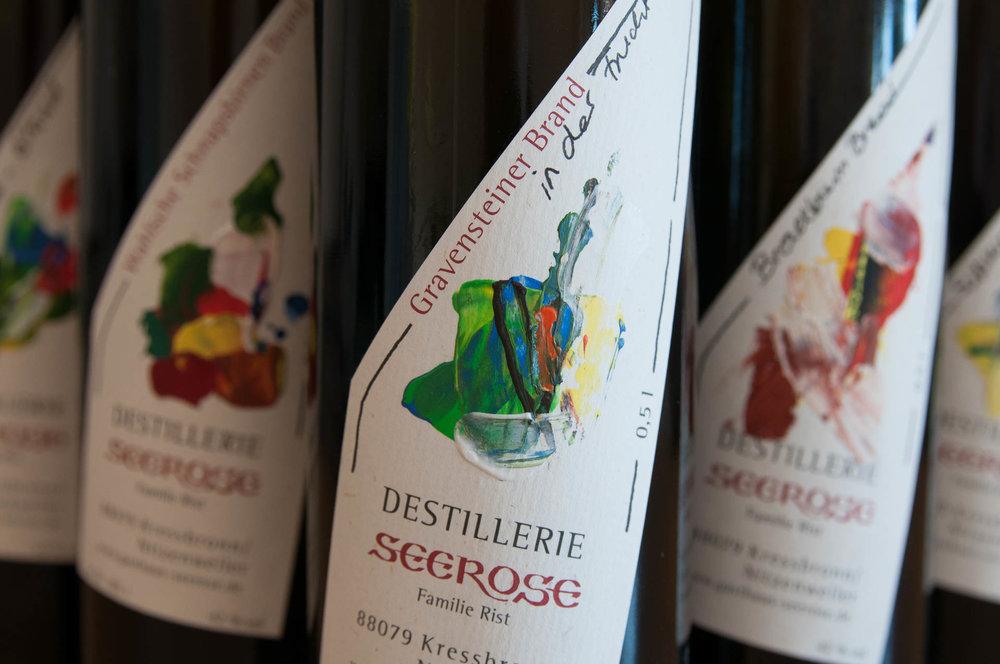 Gravensteiner Edelbrand in der Frucht gebadet - Destillerie & Brennerei Seerose