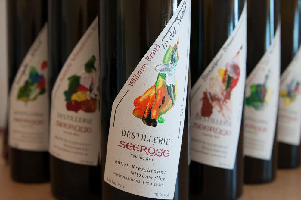 Williams Edelbrand in der Frucht gebadet - Destillerie & Brennerei Seerose