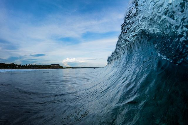 A situation * 📸with @sonyalpha @sonyphinc @aquatech_imagingsolutions - * #cloud9 #siargao #siargaoisland #ocean #surf #surfer #surfing #barrel #tube #underwater #travel #sony #sonyalpha #wanderlust #sunset #water #nature #Philippines #experiencephilippines #ocean #aquatech #surfphotographer #adventure #surfphotography #island #islandlife #photography #sunrise #Hawaii #Bali #indo