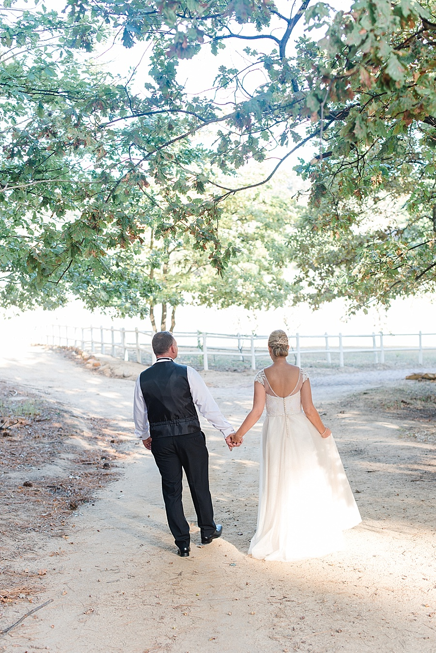 Darren Bester - Wedding Photographer - Langkloof Roses - Lauren + Shannon_0115