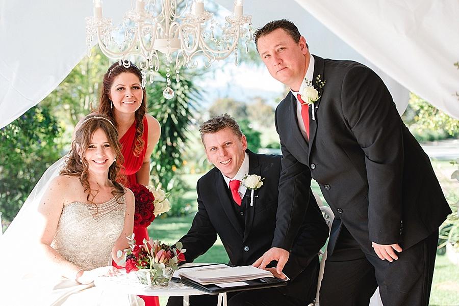 Darren Bester - Cape Town Wedding Photographer - Eensgezind Function Venue - Roger & Amanda_0020.jpg