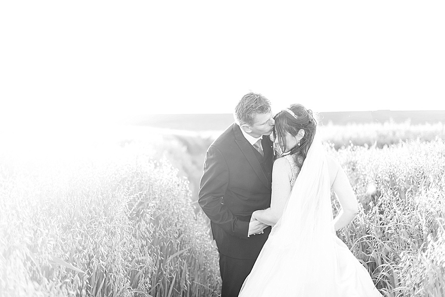 Darren Bester - Cape Town Wedding Photographer - Eensgezind Function Venue - Roger & Amanda_0047.jpg