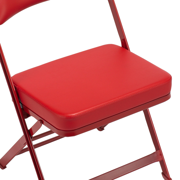 "Standard Padded Seat  A 3"" (76 mm) thick padded seat provides exceptional guest comfort.  Available on models: 3000, 4000  Click photo to enlarge"