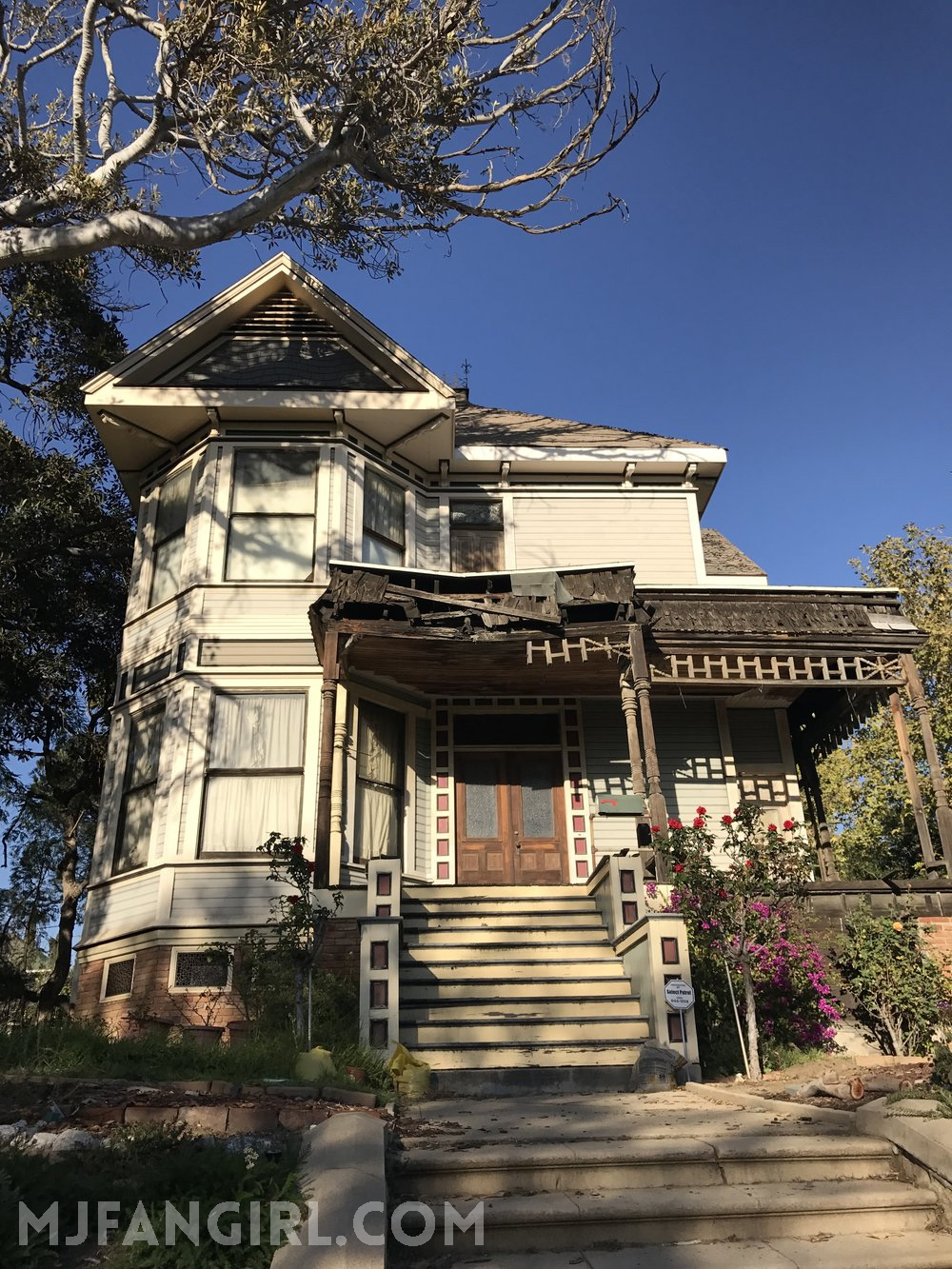 thriller house.jpg