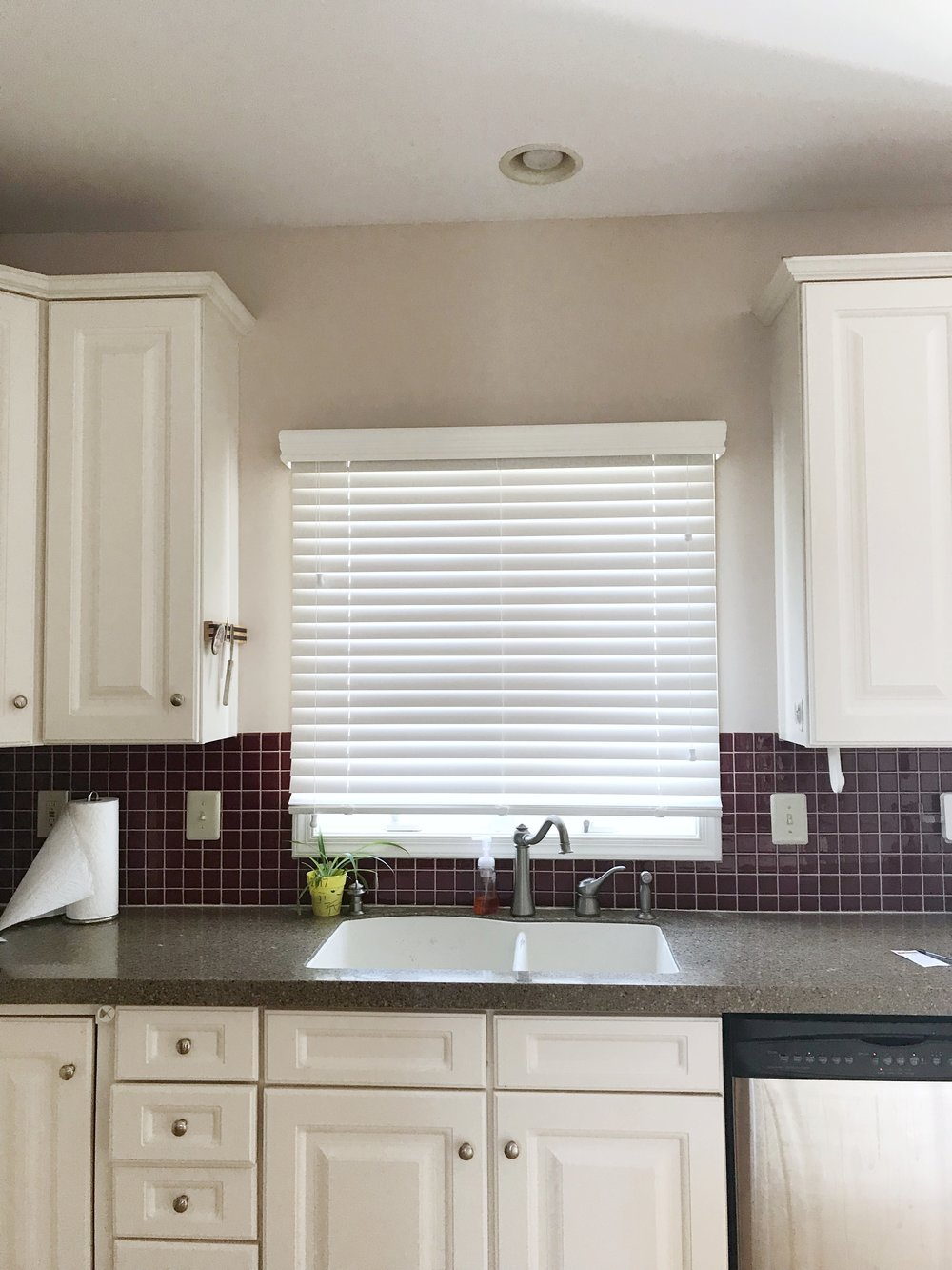 3rdGenBlinds white custom white window blinds over sink in kitchen