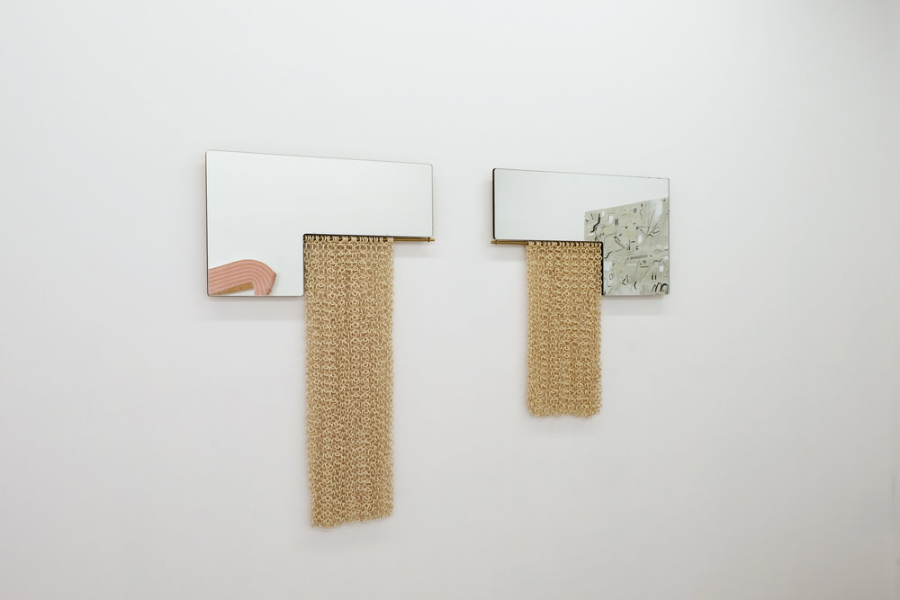 OBJECT TOTEM INSTALLATION L MIRRORS SY.jpg