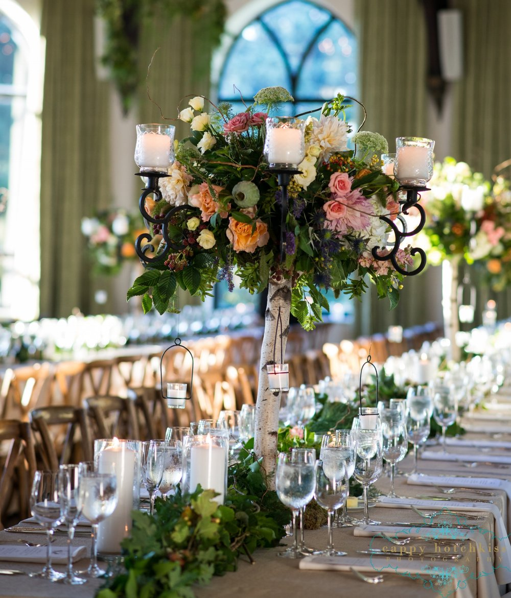 The Main Event - Carefully curated flowers and event design for one of a kind weddings and spectacular celebrationsof any size.