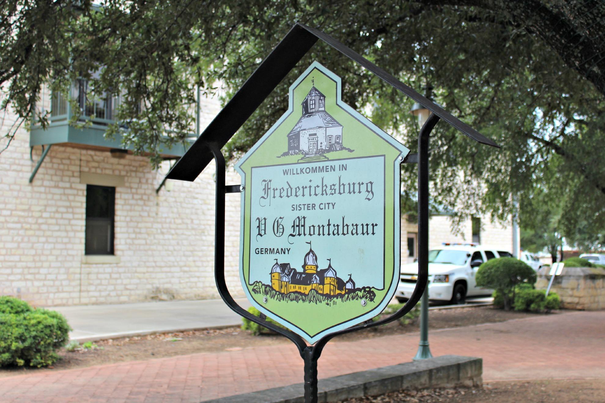 fredericksburg texas sister cities sign