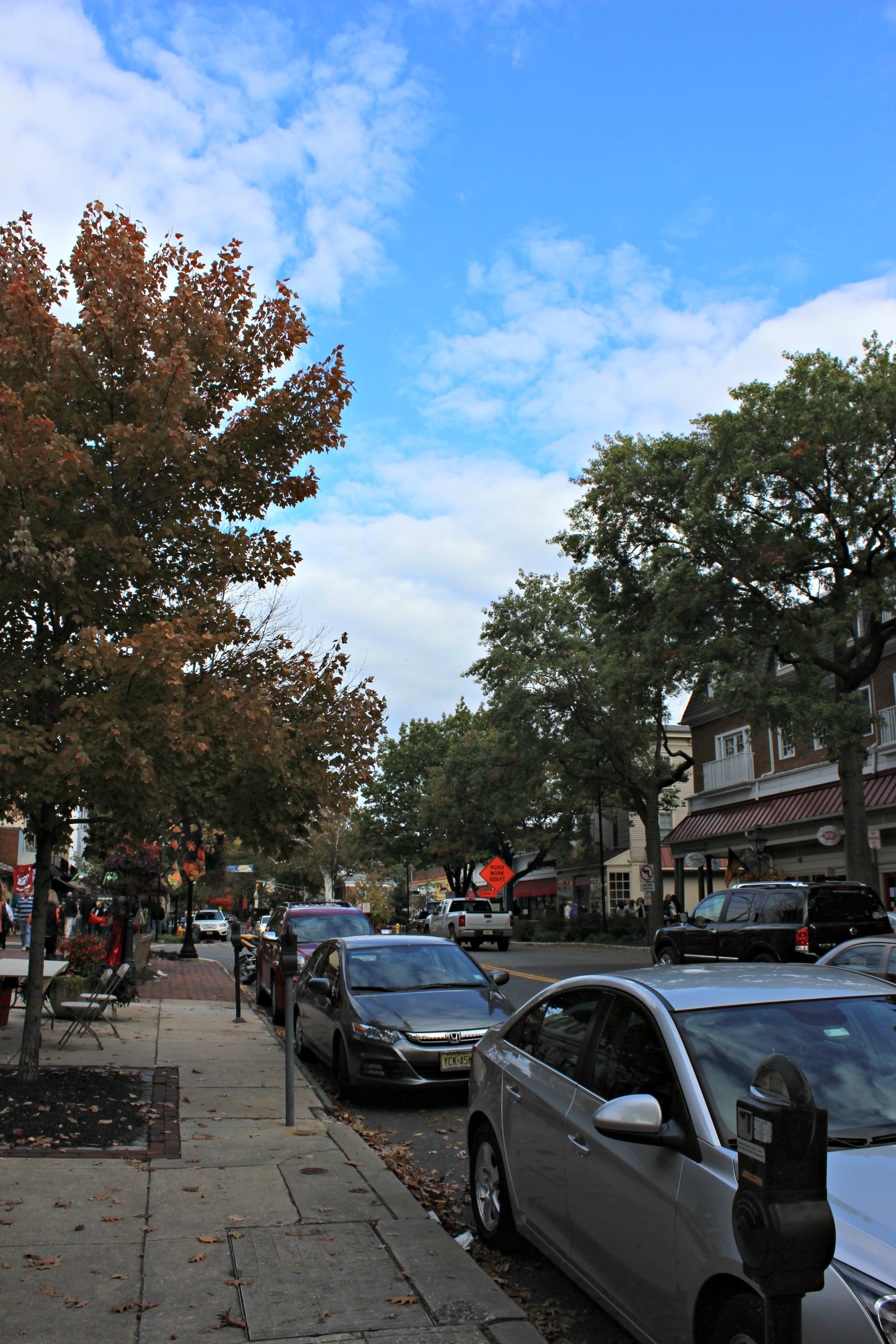 Small Town NJ: Haddonfield // want to explore New Jersey? Here's a look into one charming town in South Jersey
