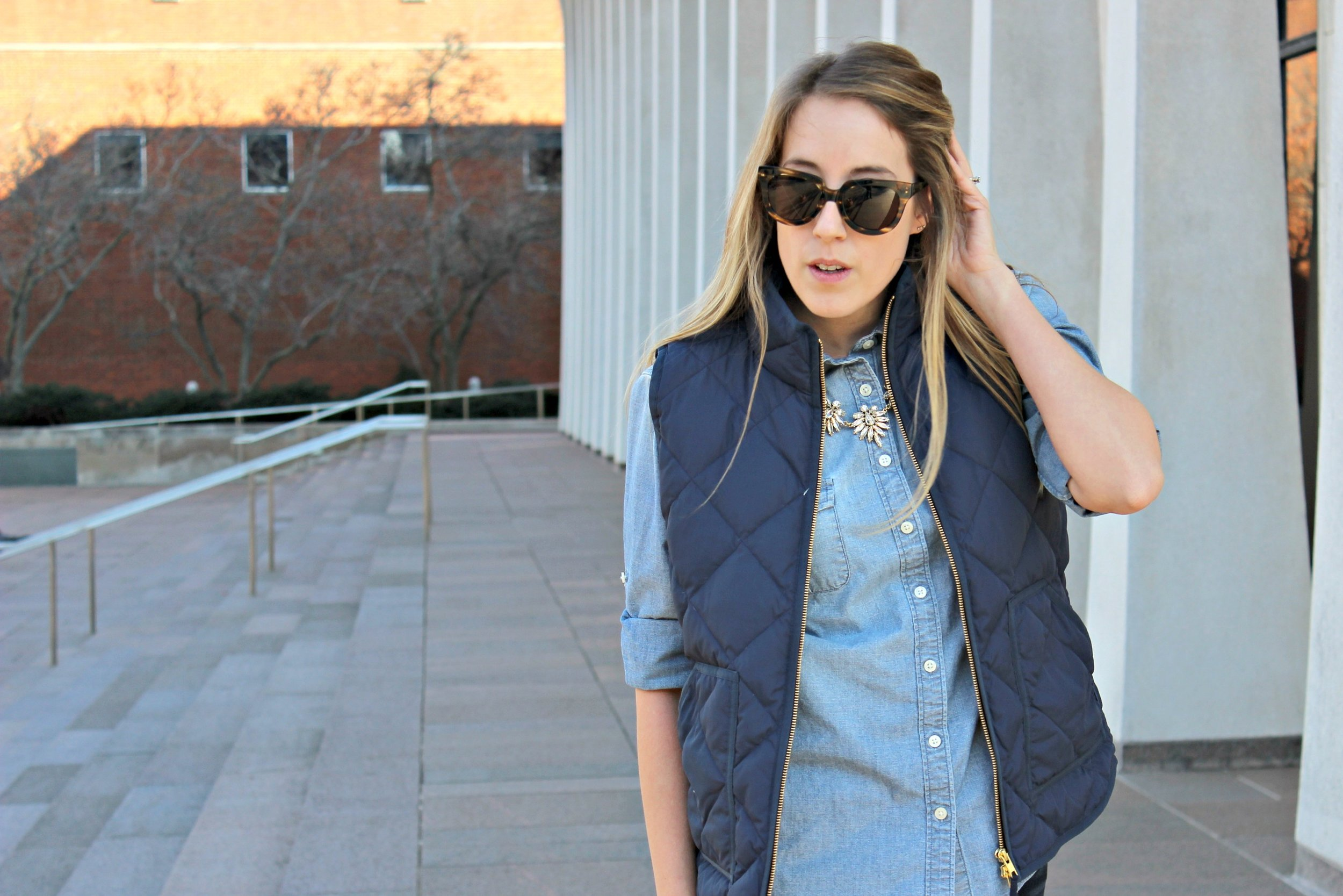 Wearing: blend in to blue chambray // another way to style a classic chambray shirt for every day