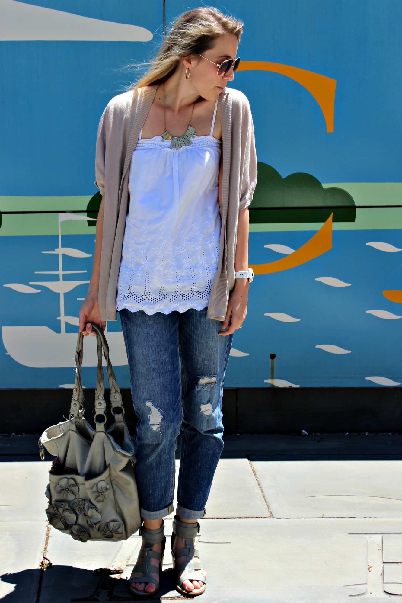 Five Easy Spring Outfits for Any Occasion // a Saturday outing to the farmer's market
