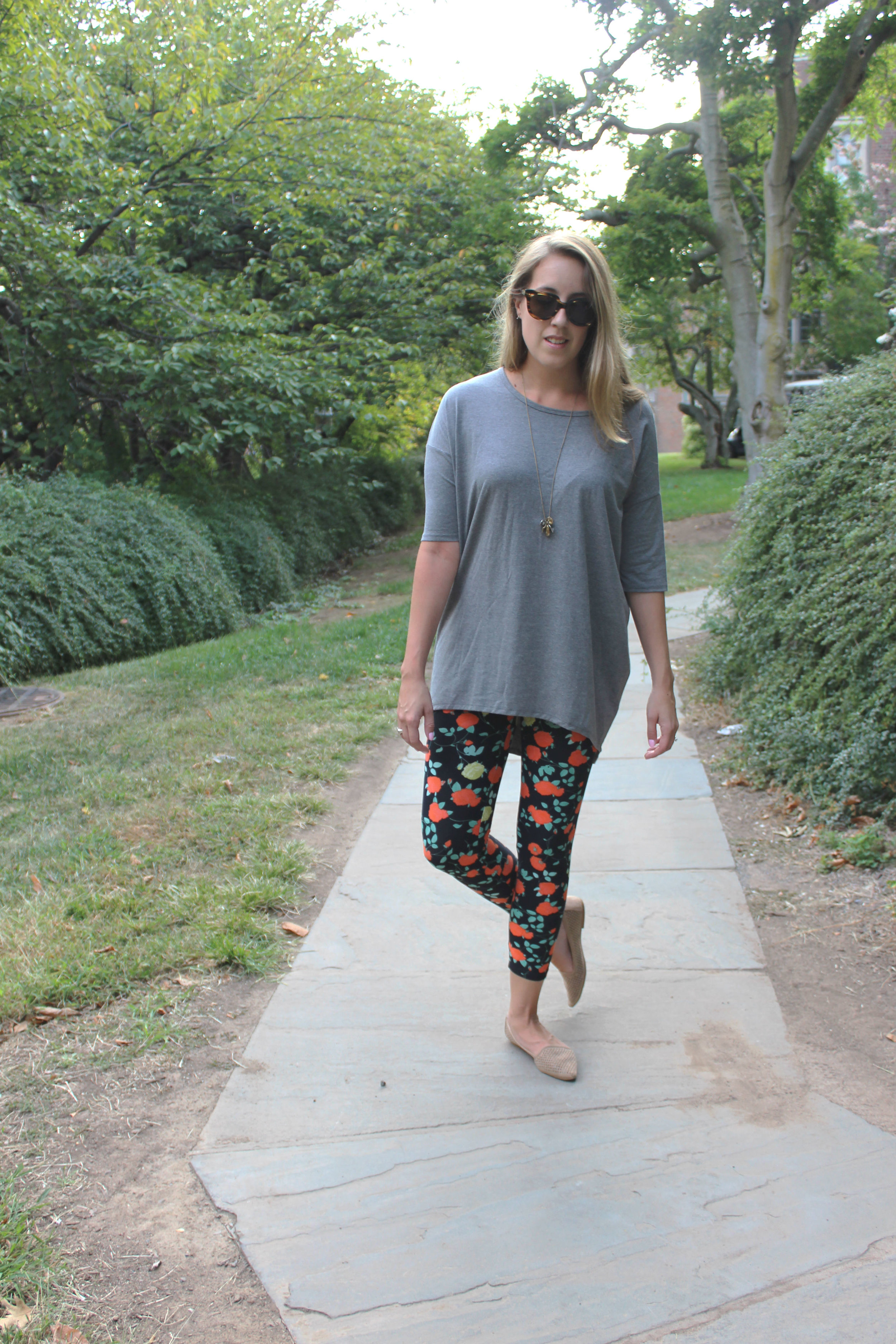 Wearing: Living in Leggings for Fall, along with some tips for wearing the latest craze: Lularoe