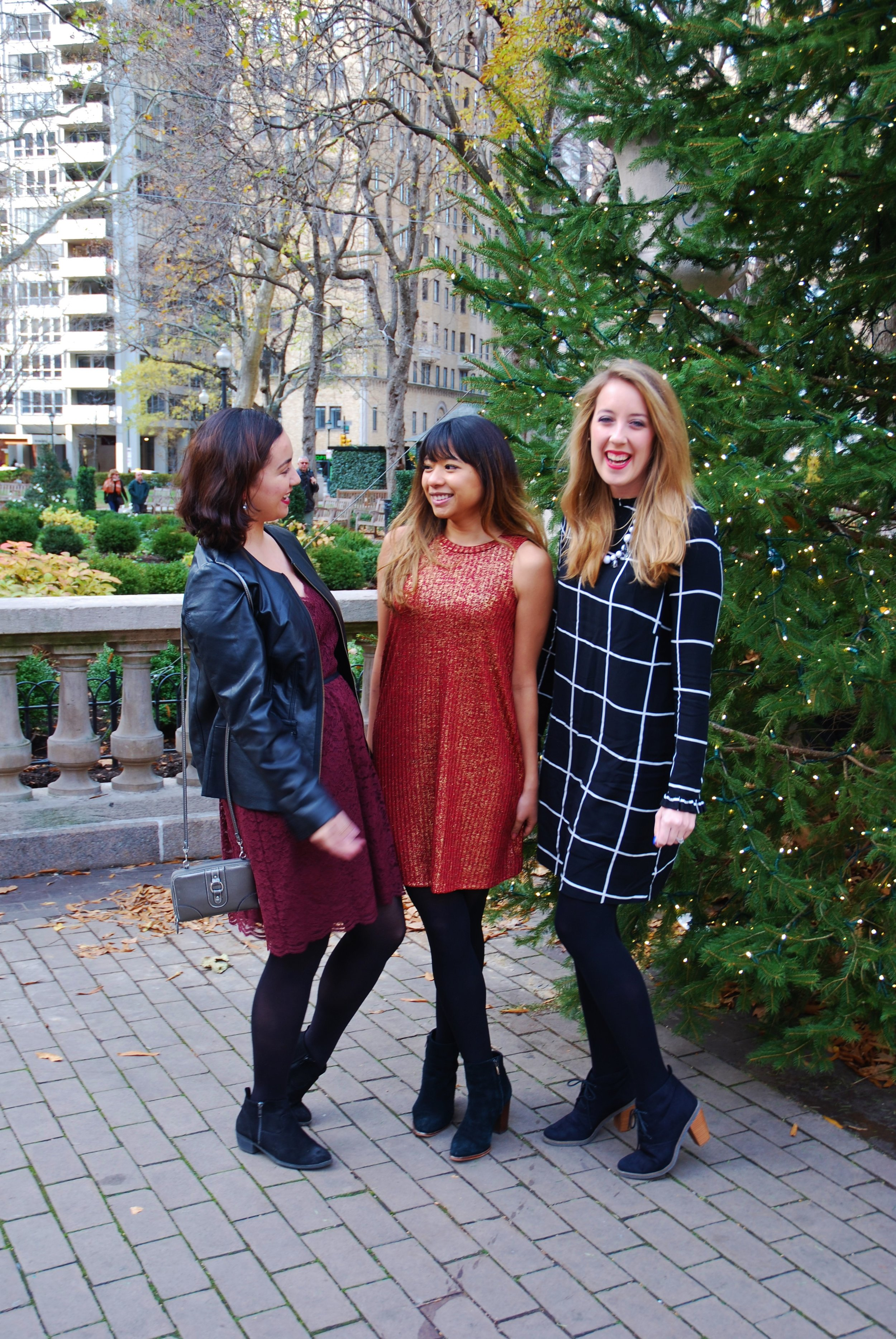 A Simple Holiday Dress for a Ladies' Brunch