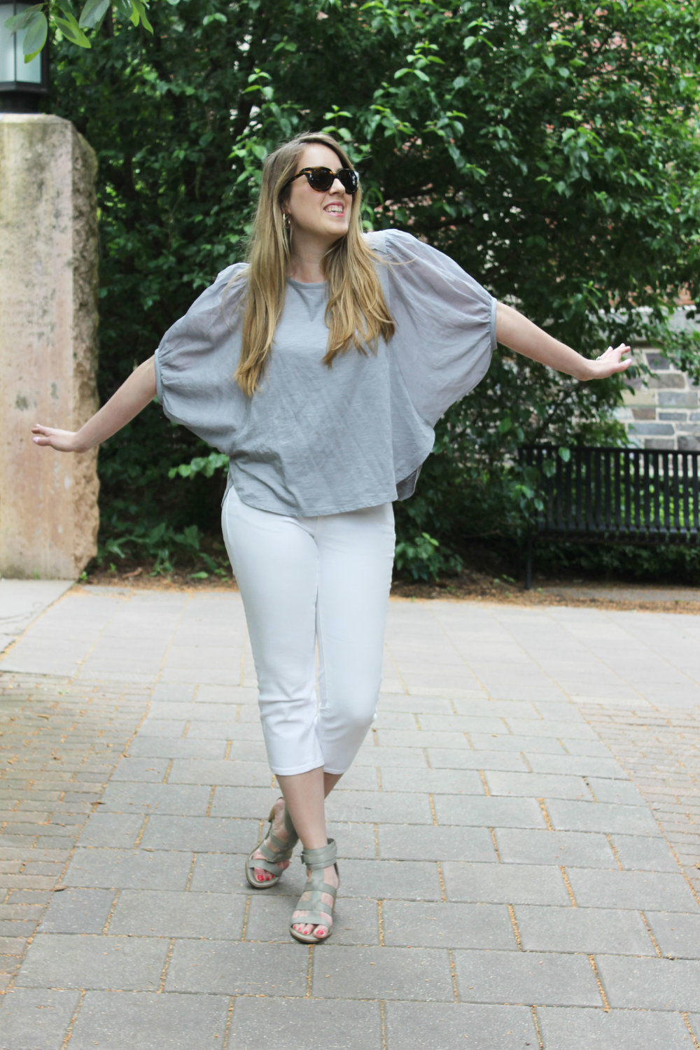 How to Wear Fancy Sleeves for the Summer