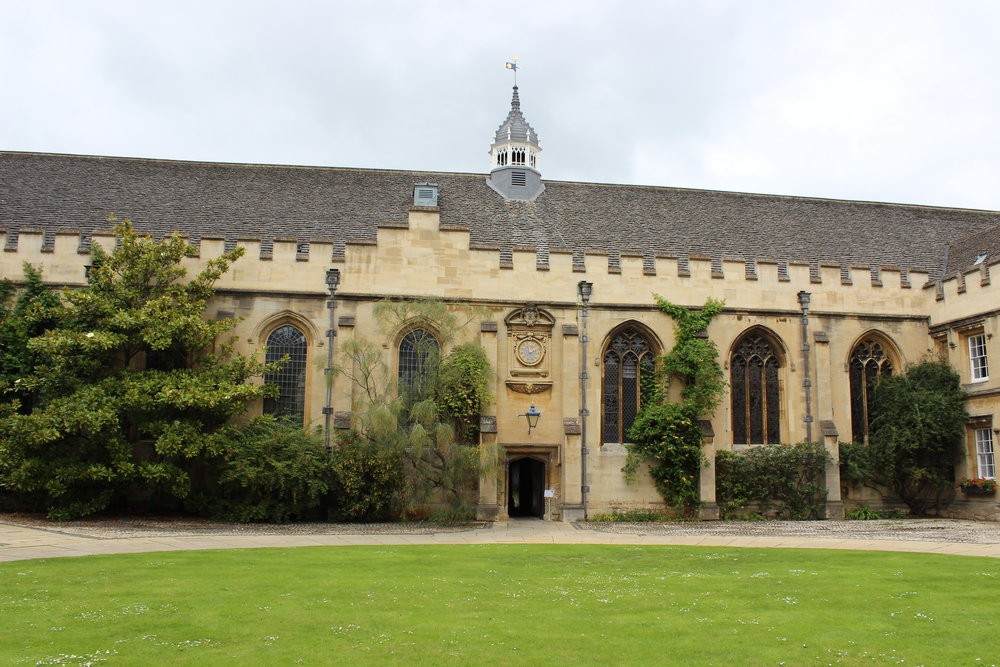 oxford-university-st-johns.JPG