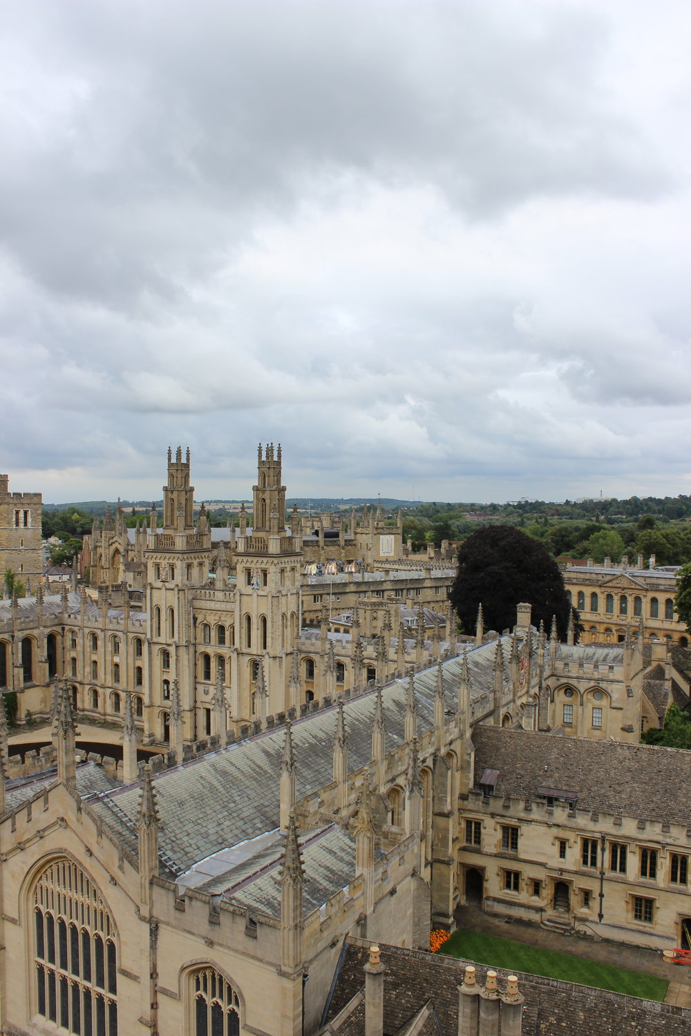 university-oxford-colleges-view.JPG