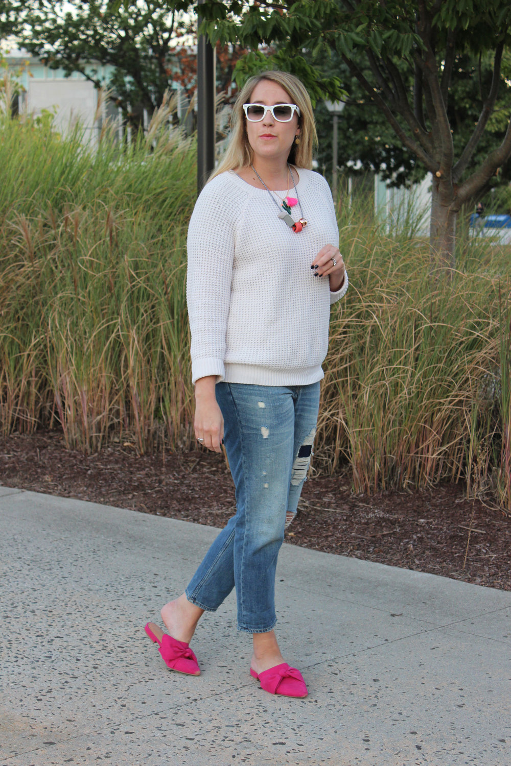pop-of-pink-fall-outfit