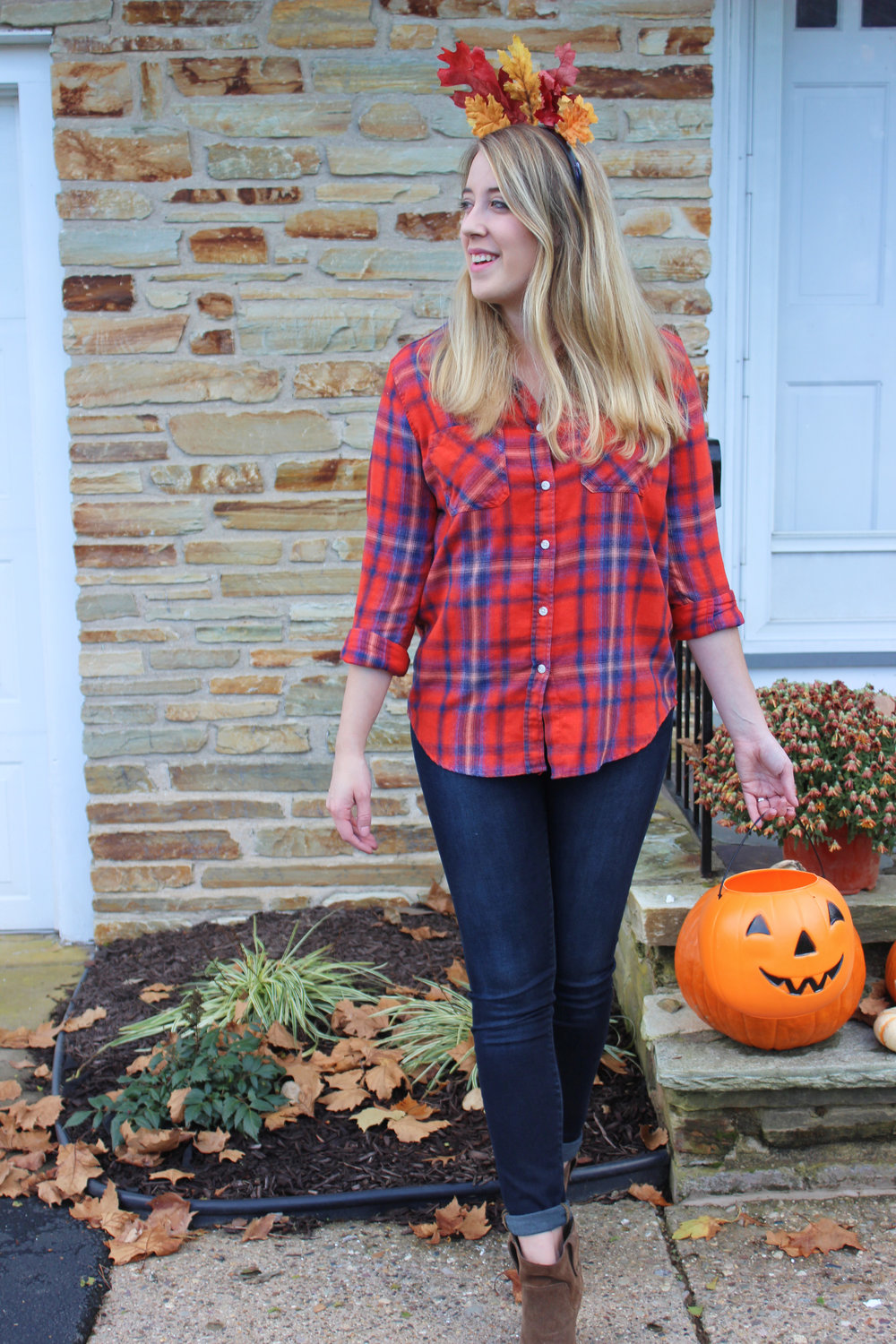 Three Last Minute Effortless DIY Halloween Costumes - Fall Feelings