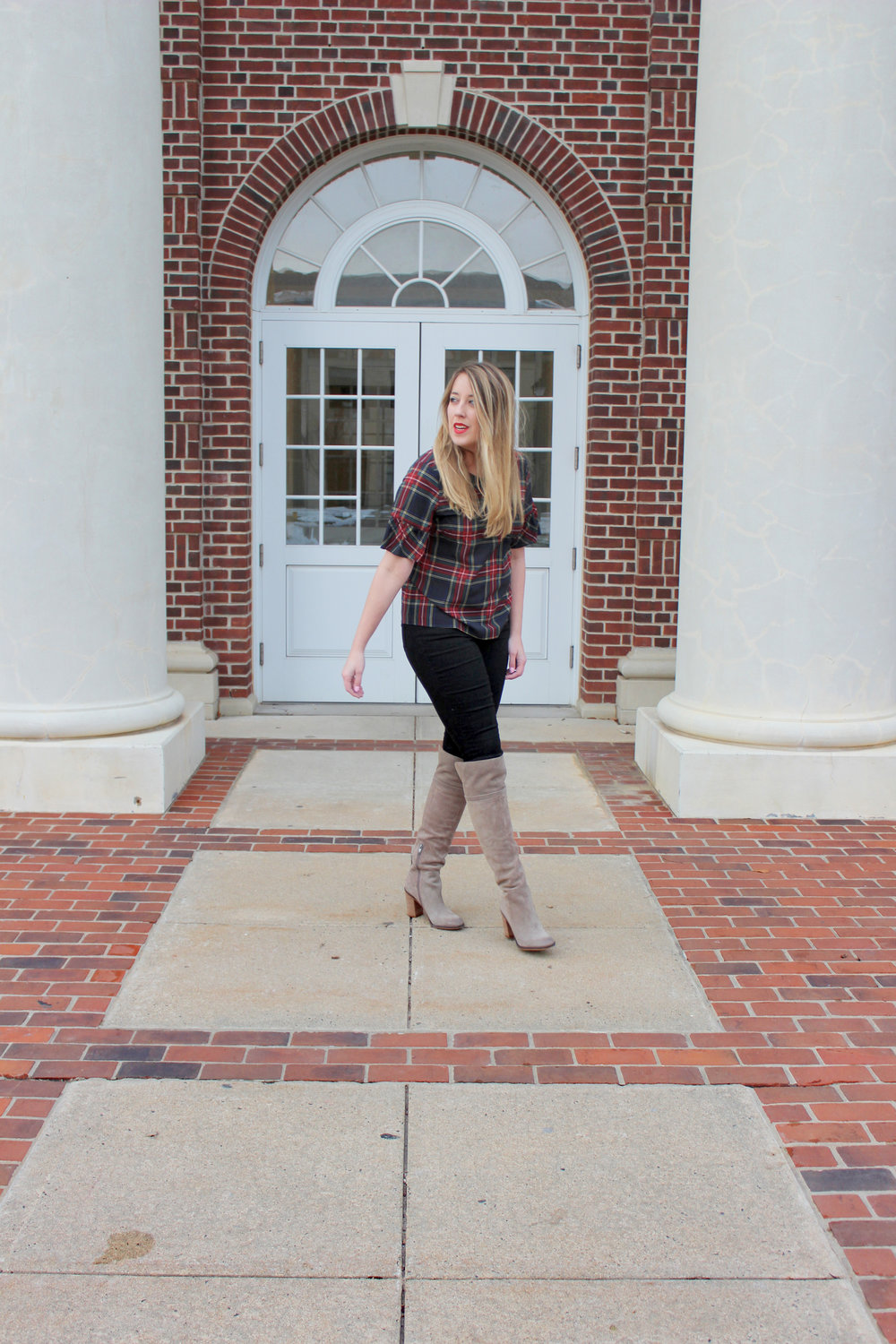 How to wear plaid this winter - Wear She Blossoms