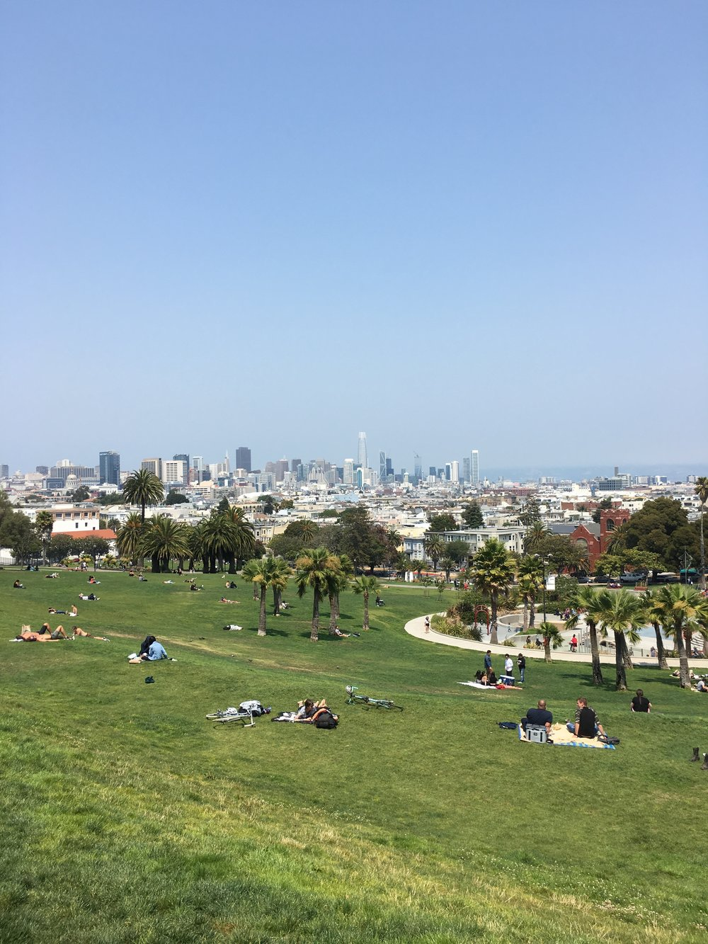 The Quick and Cheap Guide to Visiting San Francisco in Three Days - Mission Delores Park