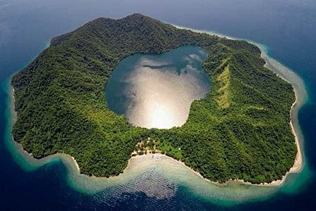 volcanic_island.jpg
