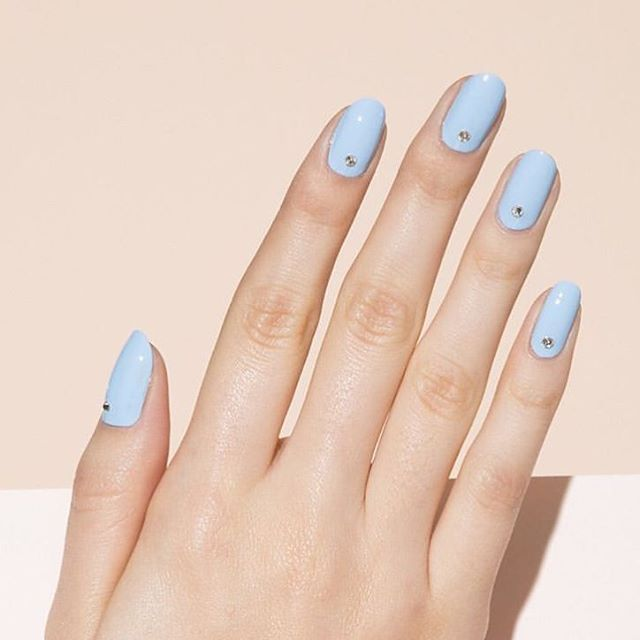 Is it time to start dreaming about Spring yet? ☀️🌸 pastel beauties by @paintboxnails #springbeauty #pastelnails #paintboxnails