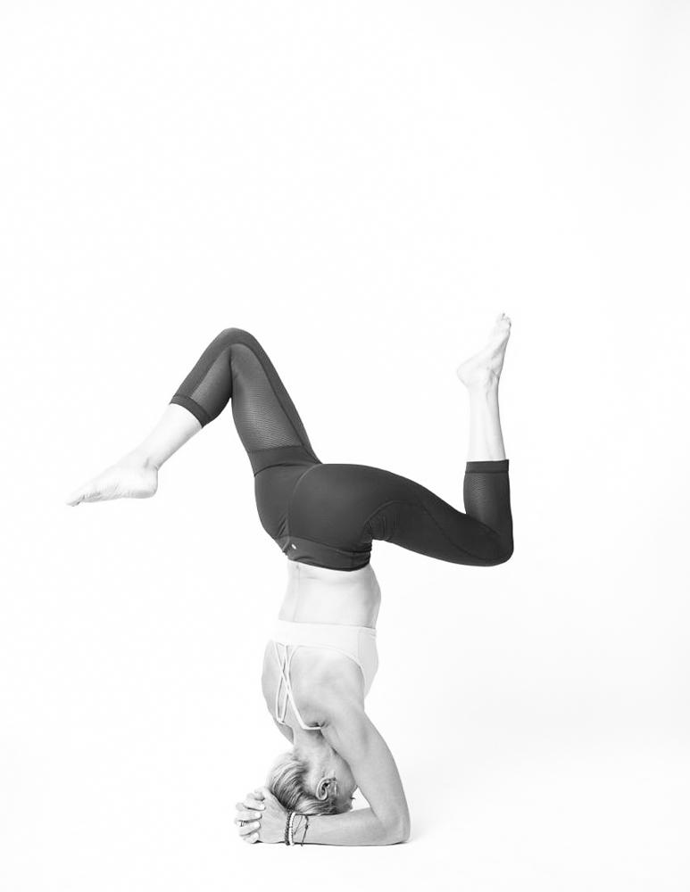 kat larsen yoga breckenridge.jpg