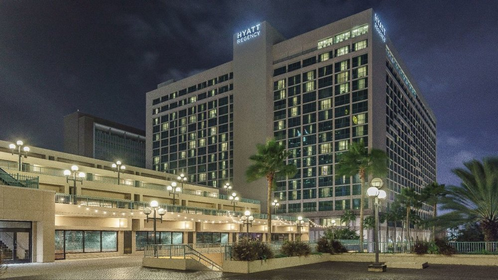 Hyatt-Regency-Jacksonville-Riverfront-P123-Hotel-Exterior-at-Night.adapt.16x9.1280.720.jpg