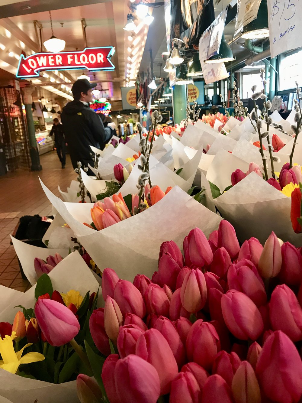 Seattle, the city of love. - I have never seen so many people excited to buy bouquets of flowers for loved ones. Everywhere you turn and every market that you enter has a wide assortment of fresh flowers! This is unique, for me, because I do not see many people that do little things to make others happy here in Sacramento.When I do things for others, they either end up confused as to why someone is so nice and thoughtful, or filled with guilt enough to make them want to buy me something in return.Can we bring back thoughtfulness, or should I just pack up my belongings and head to Downtown Seattle now?
