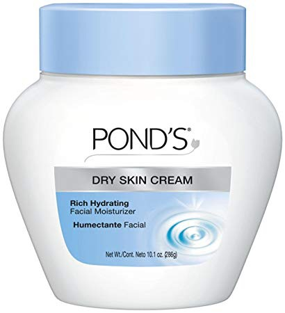 Pond's Facial Moisturizer - Because I prefer to wash my face with just soap and water instead of using specific cleansers, I find it super necessary to have a good product that doesn't irritate my skin and also moisturizes me.