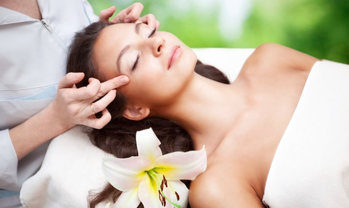 30 minute massage - with Erica Travis, LMT