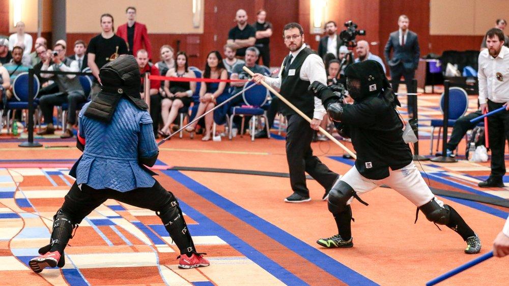 Jason fighting for bronze in open steel longsword at Longpoint 2017
