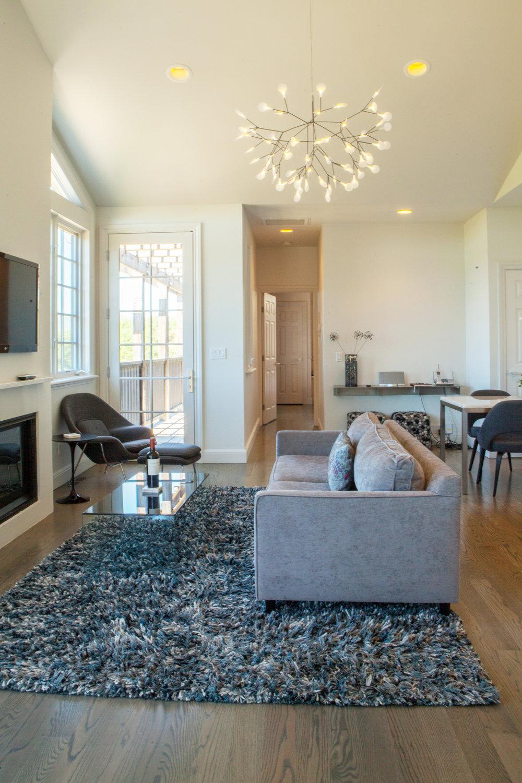 LBW Guest Cottage - Living Area.jpg