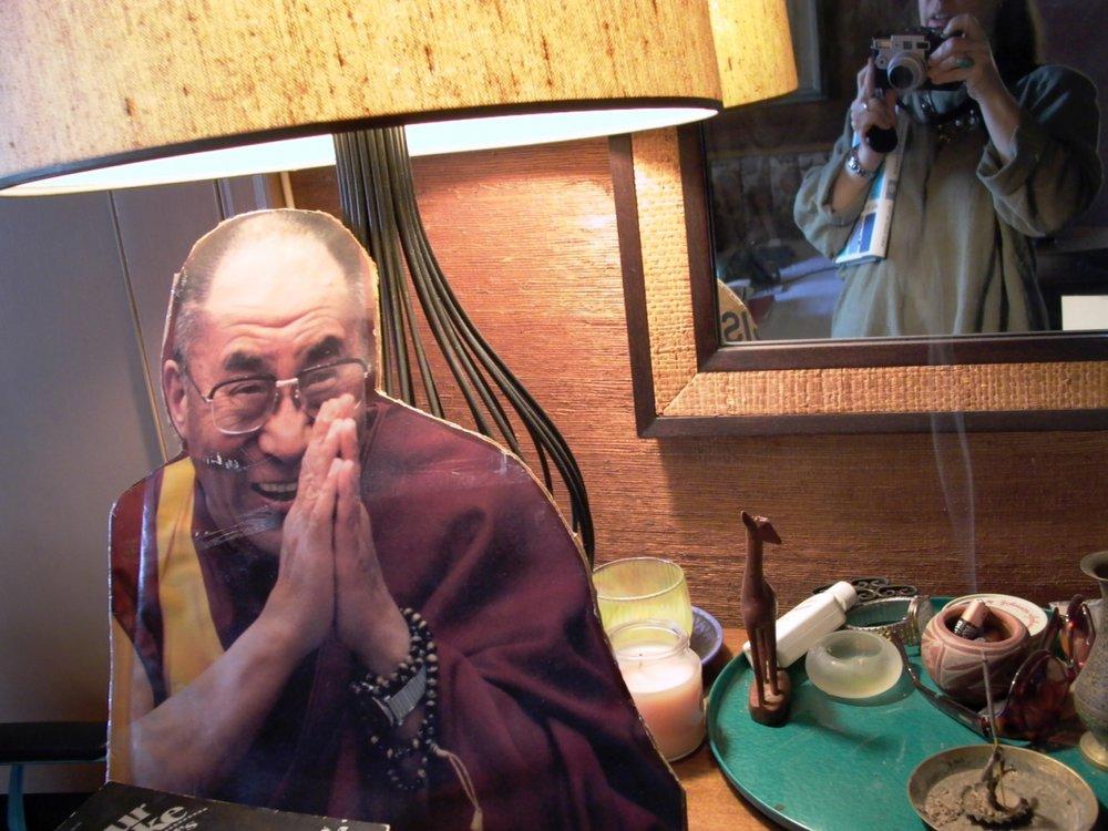 Dalai, Smoke & Moi