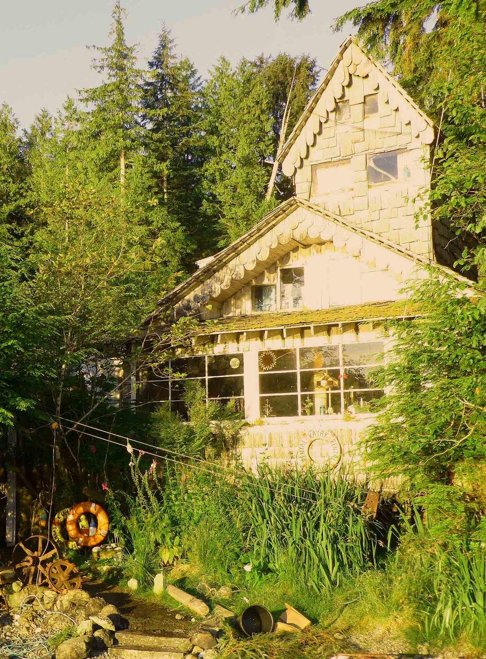 gwaiihaanasguesthouse