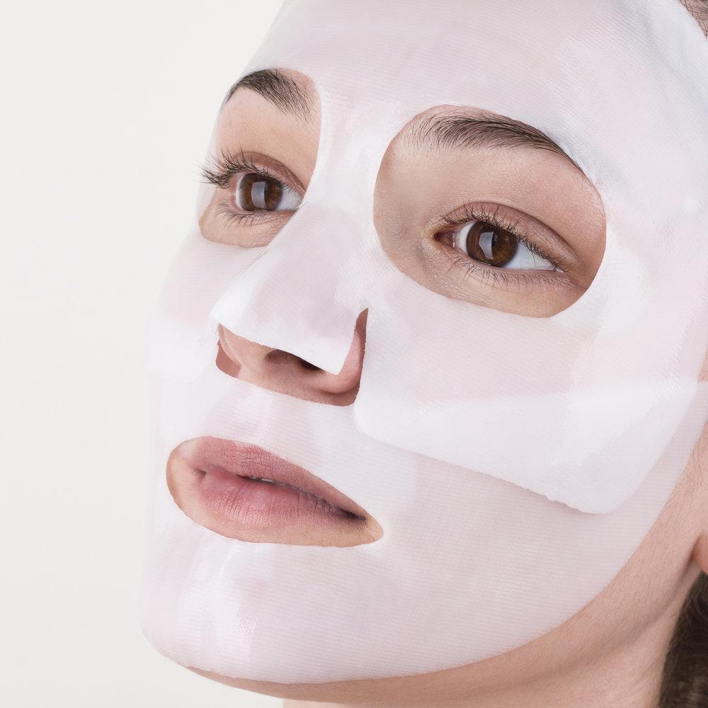 FMP-MOIRA-Cosmetics-MODEL-lowres.jpg