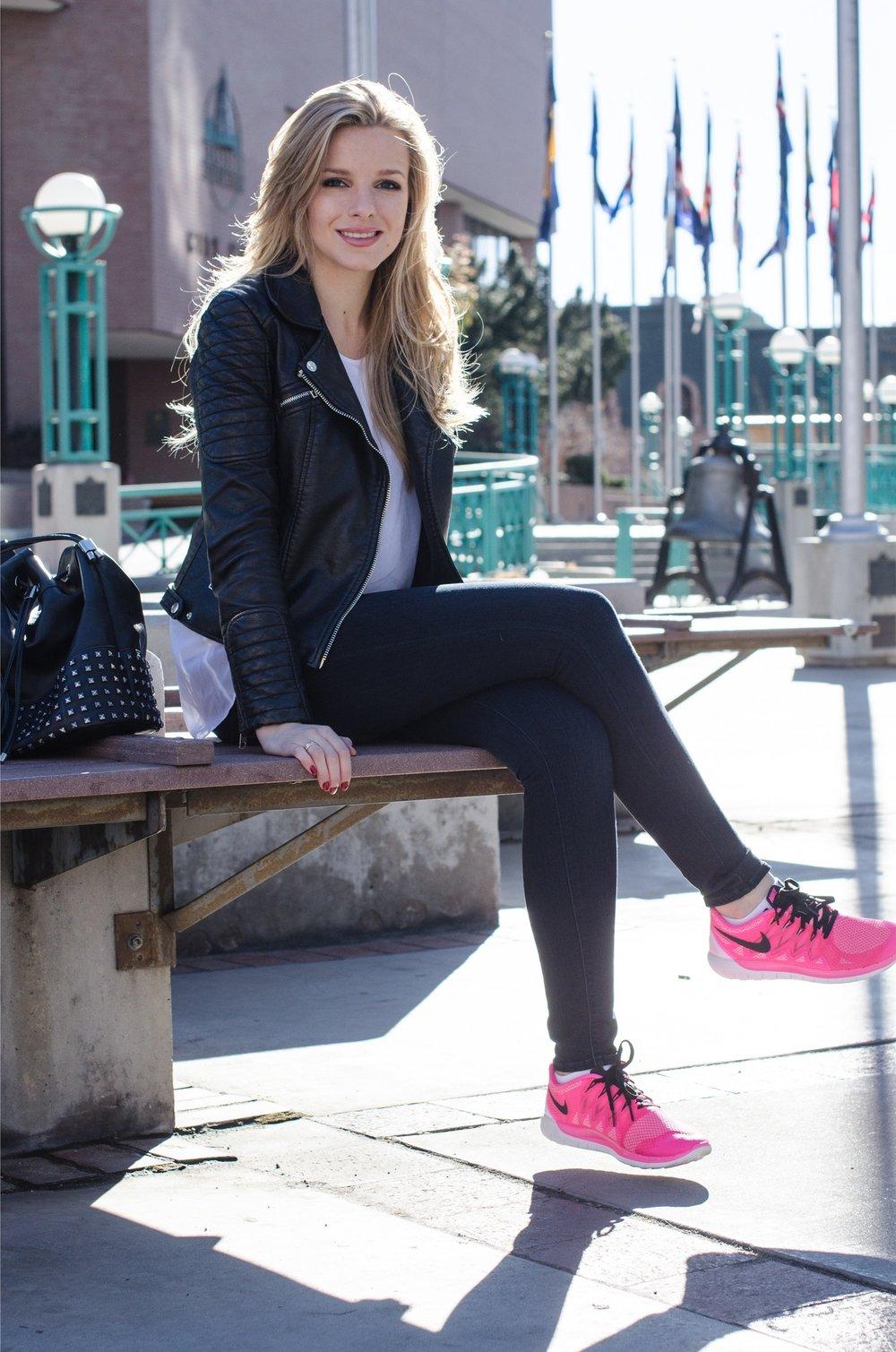 Pink Nikes4.jpeg
