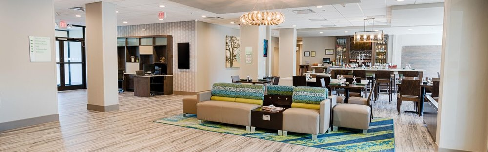 holiday-inn-knoxville-5501868874-16x5.jpg