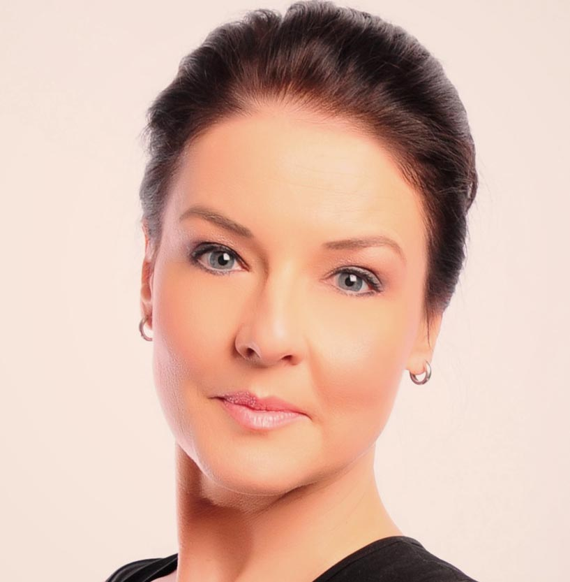 NEW-AngieHermann-Headshot-NEW.jpg