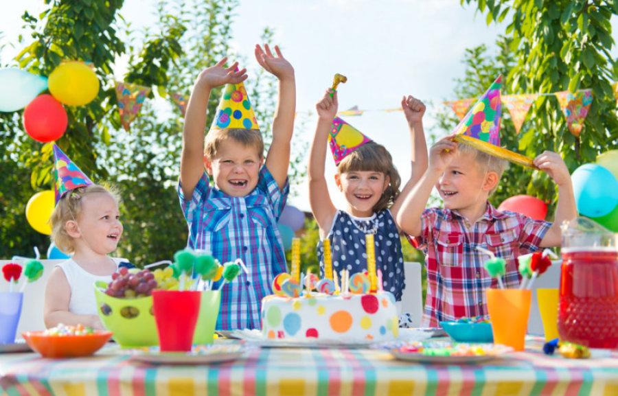 birthday cake eating.jpg