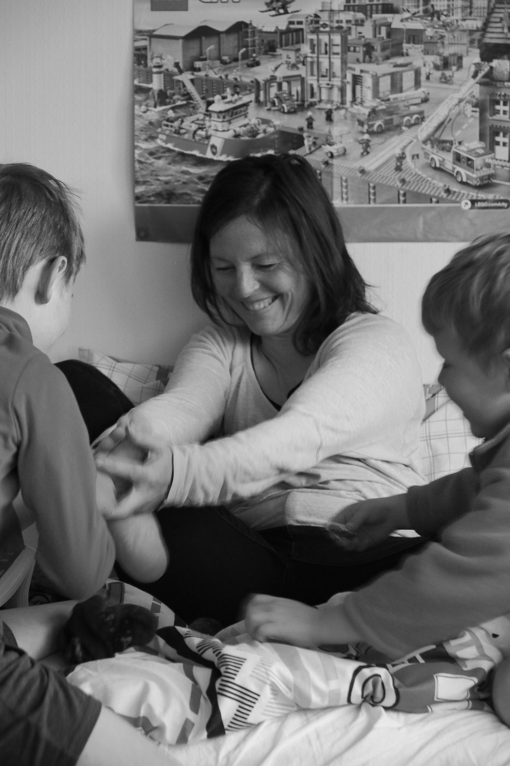 mum-and-sons-playing-together-laughing.jpg